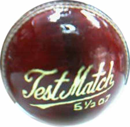 DS Test Match Ball