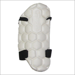 CA Gold Thigh Guard